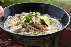 Table for 2.... or more: Khao Piak Sen @ Lao Tapioca Noodles in Chicken Broth - Indochina AFF~ Lao Food #3