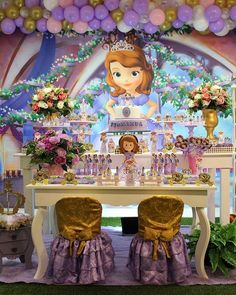 Linda essa festa no tema Princesa Sofia! Sofia Birthday Cake, Princess Sofia Birthday, Sofia The First Birthday Party, Happy Birthday Girls, Frozen Birthday Party, Baby Party, Birthday Ideas, Ideas Para Fiestas, Girl Decor