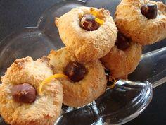 Almond and jam charm - HQ Recipes Mini Wedding Cakes, Mini Cakes, Christmas Snacks, Christmas Baking, Shortbread Recipes, Cookie Recipes, Danish Cookies, Danish Food, Fruit Jam
