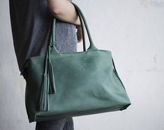 2154e868ee 71 Best Handbags images in 2019