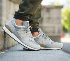 New Balance MRL996HA Grey - Tags: sneakers, low-tops, gray, gold, suede, on feet, olive joggers
