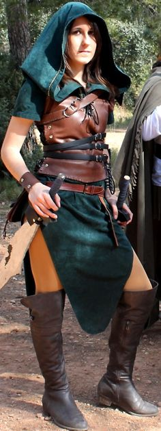 hideinshide:    Me in the last LARP :) I love my costume, I'm really proud of myself and my mom (she did the green dress :D)