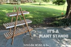 Repurposed Random Junk I found at a yard sale. a great transformation! Garden Crafts, Garden Projects, Diy Projects, Vegetable Stand, Pallet Creations, Farm Stand, Craft Markets, Pallets Garden, Down On The Farm
