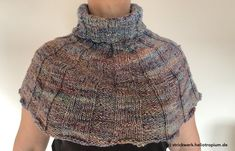 Schulterwärmer by Kerstin Hoffmann Cowl Scarf, Crochet Top, Turtle Neck, Pattern, Sweaters, Versuch, Tops, Fashion, Colorful Socks
