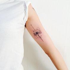 "127 Likes, 2 Comments - 타투이스트_원석 (@tattooist_wonseok) on Instagram: ""양귀비 꽃 타투 라인작업 완료!!! #양귀비 #tattoo #꽃타투 #wonseok #tattooist #tattooer #tattoos #타투추천 #pen #타투샵추천…"""