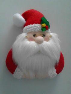 Valéria Luiz's media content and analytics Christmas Candy, Kids Christmas, Christmas Crafts, Easy Christmas Decorations, Holiday Ornaments, Felt Crafts, Diy And Crafts, 242, Primitive Christmas
