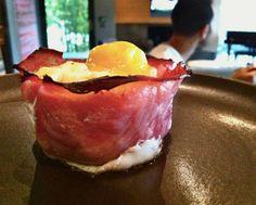 Chrissy Teigen's brunch dish: baked eggs in ham cups