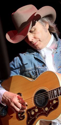 Dwight Yoakam at Mississippi Valley Fair