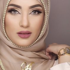 Pinned via Nuriyah O. Martinez | Tan Coloured Hijab Egypt i love her eyebrows