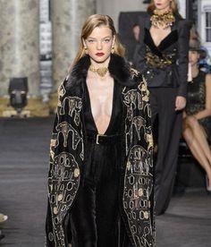 Модные высококачественные Черный Лебедь бархат шерсть хлопок шелковые ткани для платья шаль шарф пальто печати атласной ткани в полоску B882 купить на AliExpress