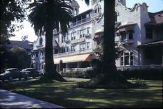 Hollywood Hotel, corner Hollywood and Highland, in color, circa Hollywood Hotel, Vintage Hollywood, Classic Hollywood, Hollywood Glamour, Garden Of Allah, Hotel Sites, Chateau Marmont, Celebrity Houses