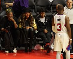 beyonce-attends-los-angeles-clippers-vs-cleveland-cavaliers021.jpg (1600×1307)