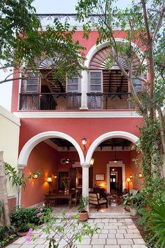Merida vacation house rental: 3 Bedroom Colonial in Santa Ana