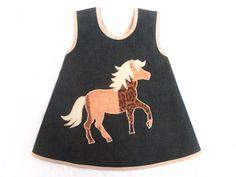 """Schürze/Hängerchen      """"Pferd"""" auf Jeans      ♥♥ super süßer Hingucker ist diese Schwedenschürze mit einem Pferd ♥♥    """"robust"""" da aus Jeansstoff ..."""