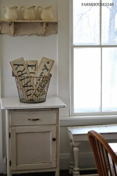 FARMHOUSE – INTERIOR – primitive style decor goes well in the farmhouse.
