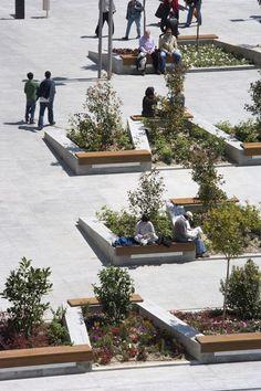 Plaza de Santo Domingo by Mariñas Arquitectos Asociados « Landezine | Landscape Architecture Works: