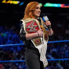 After Bayley and Ember Moon make the move to SmackDown LIVE by interrupting Becky Lynch, Paige unveils her new tag team. Wrestling Divas, Women's Wrestling, Becky Lynch, Becky Wwe, Wwe Women's Division, Rebecca Quin, Wwe Female Wrestlers, Wwe Girls, Wwe Champions