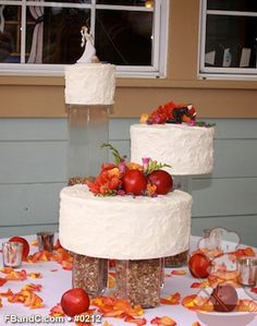 "Design W 0212 | Butter Cream Wedding Cake | 12"", 9"", 6"" 