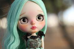 Suprême  Peau : Peau blanche (Licca corps) Cheveux : Cheveux verts    Vous pouvez emmener partout avec vous. Et je pense quelle veut quelquun pour