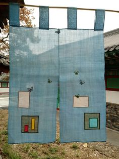 The same day, the patchwork sculpture on the same day - Fr Decora Maison Patchwork Curtains, Noren Curtains, Recycled Art Projects, Ideas Prácticas, Boho Room, Korean Art, Korean Traditional, Sewing Basics, Window Coverings