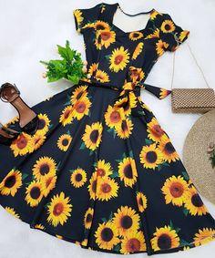 Like the dress shape Teen Fashion Outfits, Cute Fashion, Modest Fashion, Girl Fashion, Girl Outfits, Fashion Dresses, Dress Outfits, Casual Dresses, Casual Outfits
