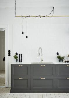 minimalist country style kitchen