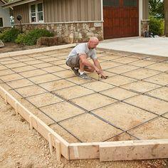 How Proper Prep Leads to Crack-Free Concrete Concrete Patios, Diy Concrete Driveway, Pouring Concrete Slab, Poured Concrete Patio, Concrete Garages, Concrete Pad, Cement Patio, Concrete Forms, Concrete Projects