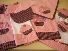 Capa de Butijão de Gás de Cupcake Kitchen Kit, Cupcake, Apron, Kitchen Towels, Applique Quilts, Crochet Decoration, Kitchen Playsets, Dishcloth, Towels