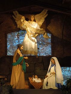 Life Size Nativity Scene located in Downtown Pittsburgh has become a place for local Christians to visit during the Christmas Season. #Christmas #TheReasonForTheSeason