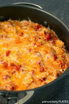 Southwest Chicken Skillet - {Persnickety Plates} - use riced cauliflower instead of the rice to make low carb.