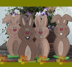 kleiner Osterhase mit Bodenplatte aus Holz The Effective Pictures We Offer You About decor baskets for christmas A quality picture can tell you many things. Christmas Yard Decorations, Christmas Diy, Christmas Ornaments, Easter Bunny, Easter Eggs, Diy Ostern, Easter Traditions, Basket Decoration, Wire Crafts