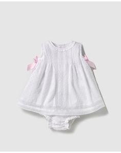 Vestido de bebé niña