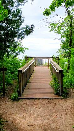 Lake Michigan hiking trail near Traverse City