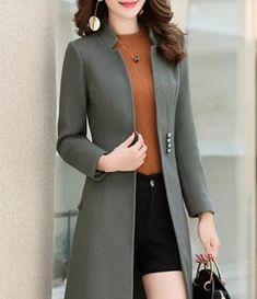 #cardigans #outerwear #fashion #styling Coats For Women, Clothes For Women, Coat Dress, Outerwear Women, Outerwear Jackets, Ideias Fashion, Grunge, Fashion Dresses, Fashion Clothes