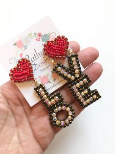 Beaded Earrings Patterns, Beaded Brooch, Diy Earrings, Earrings Handmade, Handmade Jewelry, Embroidery Bracelets, Beaded Embroidery, Fabric Jewelry, Etsy Jewelry