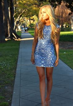 Love this patterned blue dress