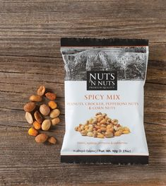 Nuts 'n Nuts Blackcurrant, Natural Mix Spicy Mix, pouches are designed to highlight authenticity and high quality from the cultivation to the final product. Sugar Packaging, Fruit Packaging, Pouch Packaging, Food Packaging Design, Packaging Design Inspiration, Brand Packaging, Packaging Ideas, Design Blog, Food Design