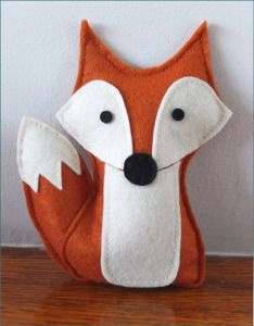 This would be a cute doorstop Felt Animal Patterns, Stuffed Animal Patterns, Stuffed Animals, Softie Pattern, Fox Pattern, Sewing Projects For Kids, Craft Projects, Sewing Toys, Sewing Crafts