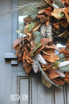 Magnolia Leaf Wreath- DIY Christmas Decor