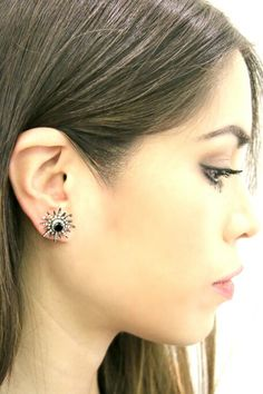Orecchini in argento con diamanti  Www.nesluxury.com