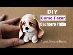 The cutest puppy in the world! Fimo Polymer Clay, Polymer Clay Figures, Polymer Clay Animals, Polymer Clay Miniatures, Polymer Clay Projects, Diy Clay, Half Birthday Baby, Cold Porcelain Tutorial, Fondant Figures Tutorial