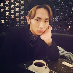 """*WARNING* Locket fangirl mode engaged. Okay SHINee boy maybe I just noticed your ability to tease but OMG KEY QUIT IT! Your doing it again:)! :)! :)! Giving us that smolder! How is it that your so good at smoldering? Are you trying to hurt your Locket? Cause your hurting me handsome:) Oh, I almost forgot Key commented; """"coco coffee""""__ I don't even like coffee but I'll drink his coffee, sounds yummy. Also he's looking fetch in black:)"""