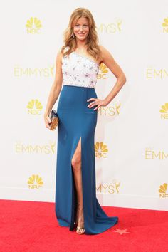 Anna Gunn in Jenny Packham at the Emmys.
