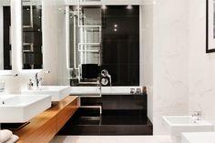mieszkanie A284 - Sea Towers - Apartamenty pokazowe - Galeria - Invest Komfort Bathroom Vanity, Vanity, Decor, Lighted Bathroom Mirror, Apartment, Double Vanity, Bathroom Lighting, Bathroom Mirror, Home Decor