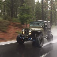 Jeep — Thinking about turning my old YJ into a boat!!