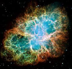 Nebulosa do Caranguejo  Formada por restos de uma supernova, ou tudo o que sobrou de uma explosão estelar gigantesca. A explosão foi percebida daqui da Terra há cerca de mil anos, na China e no Japão.