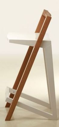Chair Design Ideas Woodworking is a multifaceted craft that can result in many beautiful and useful pieces. If you are looking to learn about woodworking, then you have came to the right place. Wooden Furniture, Cool Furniture, Furniture Design, Wooden Plane, Chair Design Wooden, Wood Toys Plans, Cafe Chairs, Diy Chair, Living Room Chairs