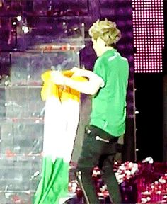 niall + irish flag {gif}