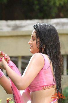 #Trisha show navel in Hot Saree Stills  #teluguactress #hotactress #tollywood #tamilactress #kollywood #hotsaree