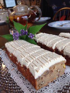 Humming Bird Cakes :  #Vegan #Glutenfree